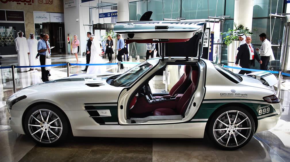 Dubai_Police_Supercars_2013_13