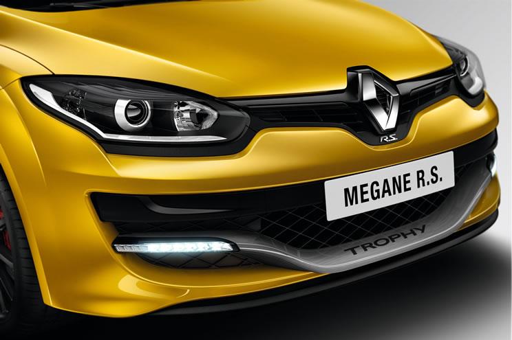 La Mégane R.S. si rinnova: edizione limitata con 275cv