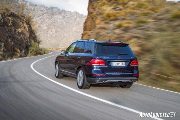 Mercedes GLE, trapelate online le immagini ufficiali