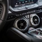 2016-Chevrolet-Camaro-013-150x150 Chevy Camaro 2016: è guerra alla Mustang