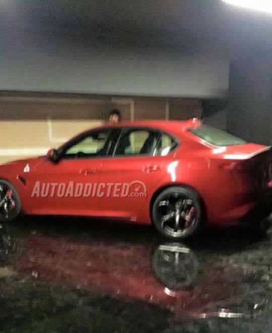 Alfa Romeo Giulia: svelata prima della presentazione – FOTO