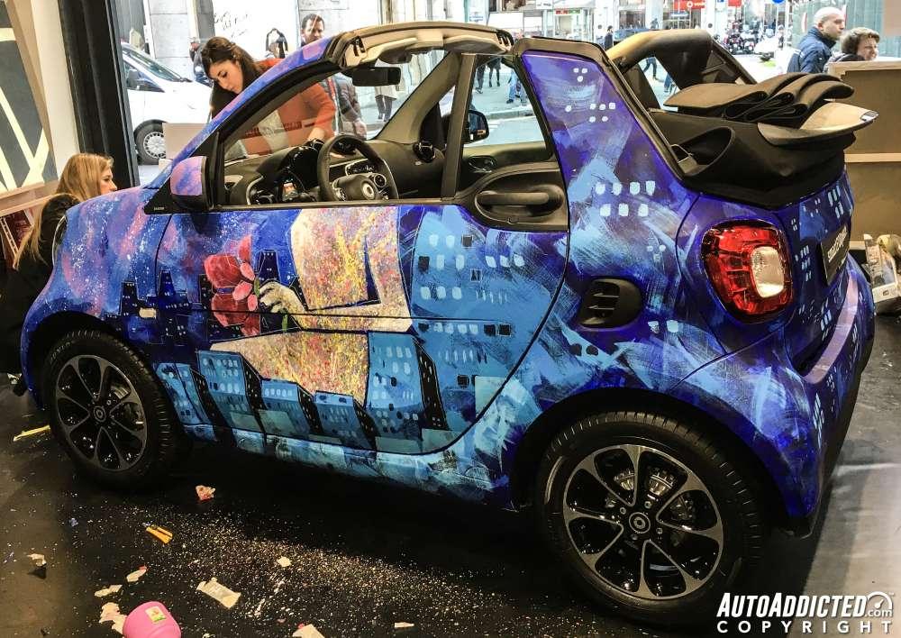 """Smart ForTwo Cabrio 90 cv Twinamic: il nostro test nella """"Milano da bere"""""""
