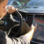 1-150x150 Hacker modifica una Tesla per catturare Pokemon in guida autonoma