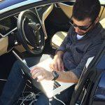 2-150x150 Hacker modifica una Tesla per catturare Pokemon in guida autonoma