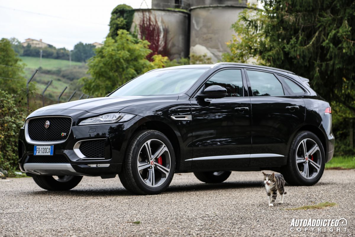 jaguar f pace s v6 supercharged prova dello sport suv all 39 inglese. Black Bedroom Furniture Sets. Home Design Ideas