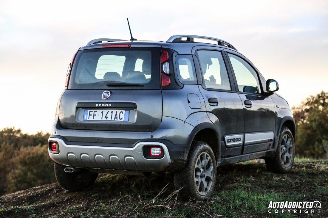 FIAT Panda 4×4 Cross: la prova della SUV più piccola e avventurosa che c'è
