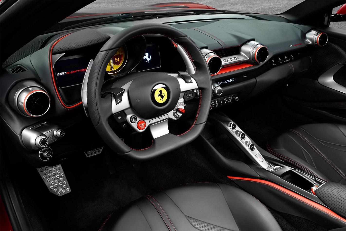 2017-ferrari-812-superfast-interior Ferrari 812 Superfast: la Ferrari di serie più veloce di sempre - FOTO