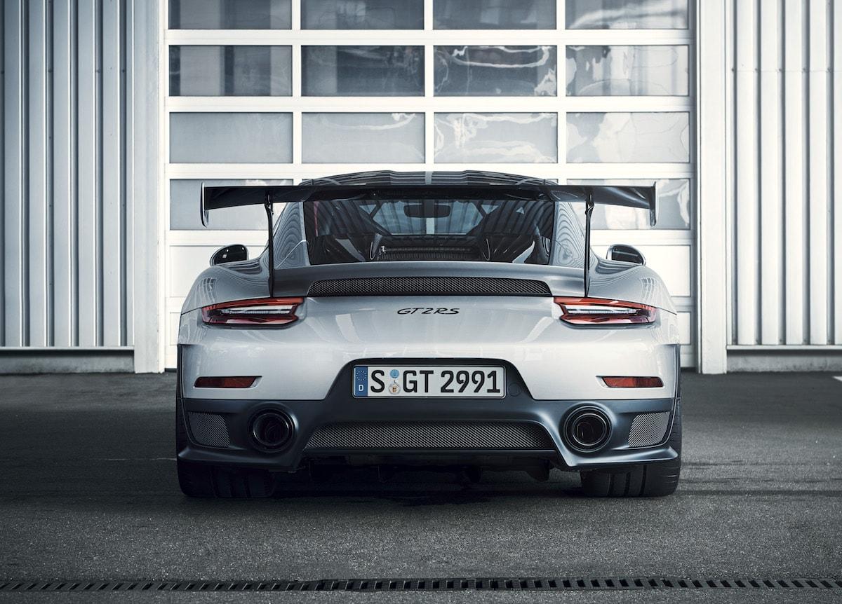 porsche_911_gt2rs_03 La 911 più spaventosa della storia: ecco la nuova 991 GT2 RS