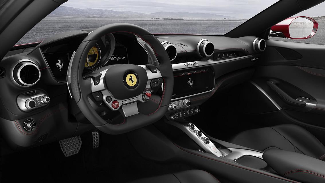 b4f5ade7-f6ae-4d47-8942-9e8d61aca091 Ferrari Portofino: entry level a chi?