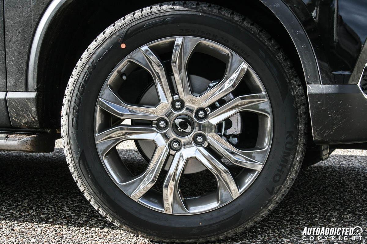 SsangYong Rexton: la prova della SUV nostalgica