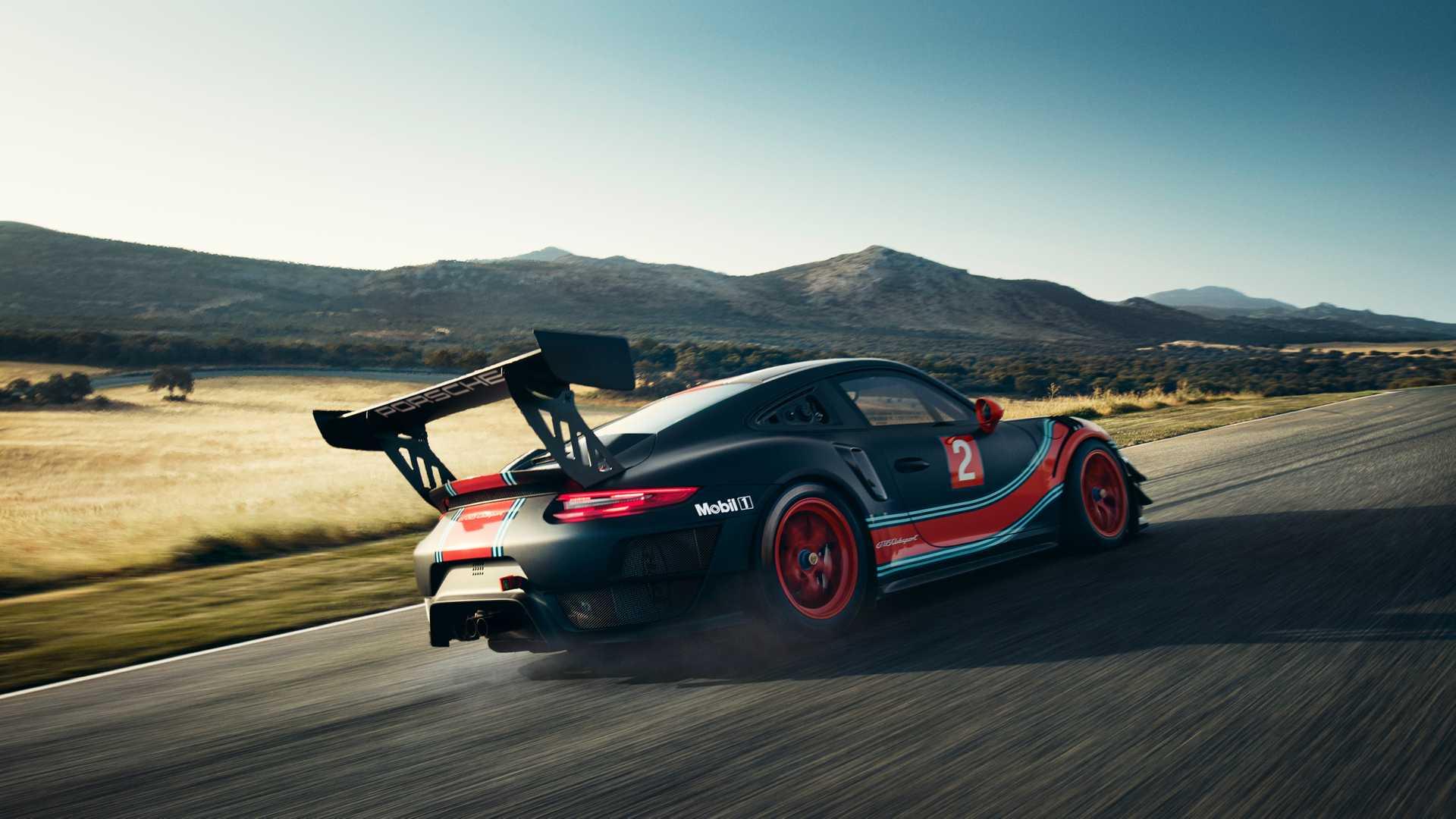 A Los Angeles Porsche presenta la 991 definitiva: ecco a voi la GT2 RS Clubsport