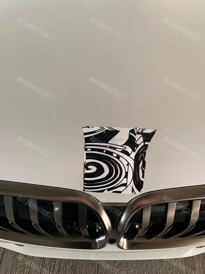 BMW M760i 2020: foto spia della futura V12 bavarese
